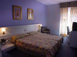 hotel-las-ciguenas